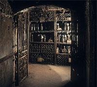 real_companhia_velha_port_wine_cellar.jpg