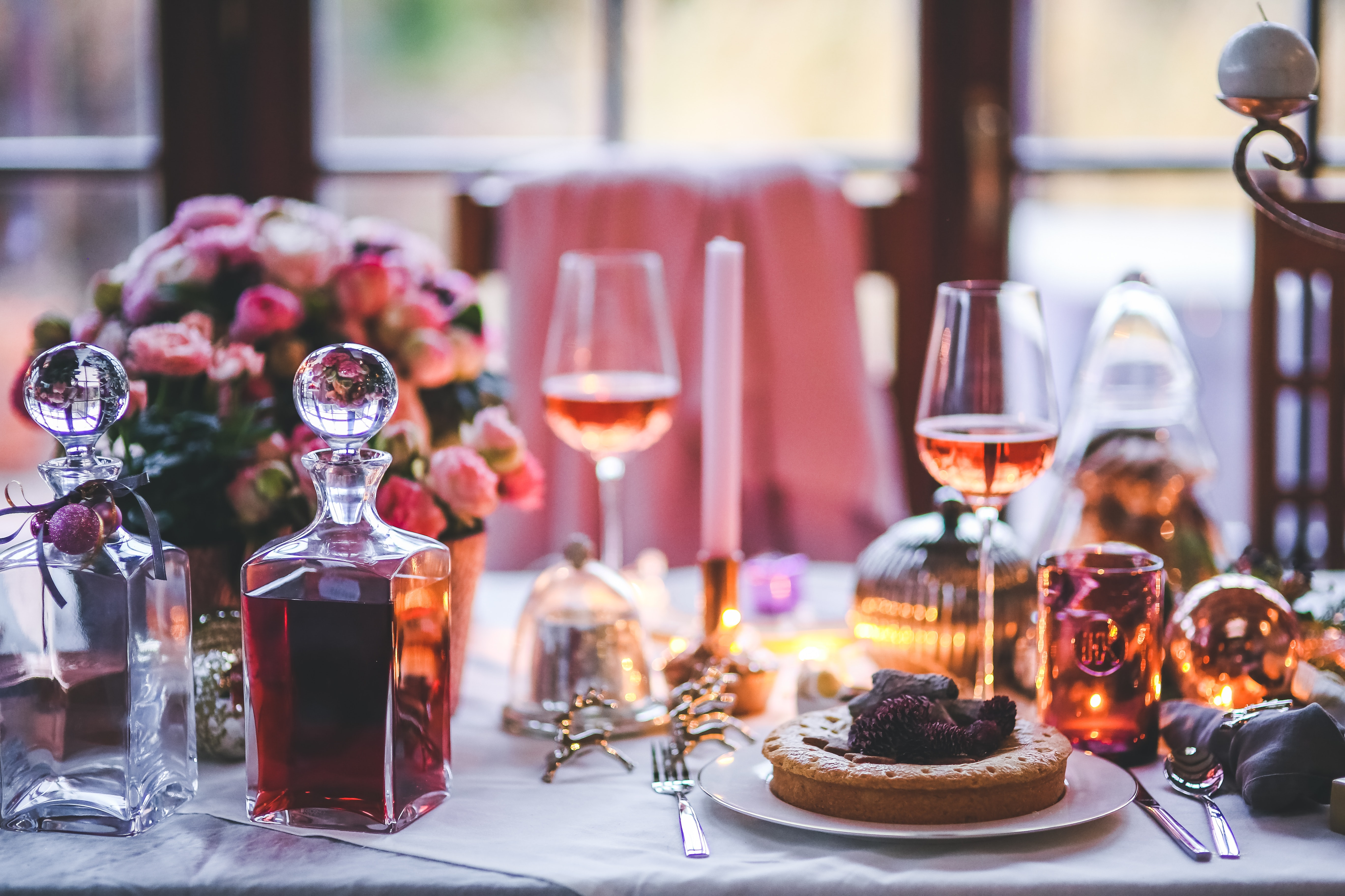 beautifully-served-table-for-dinner-6269